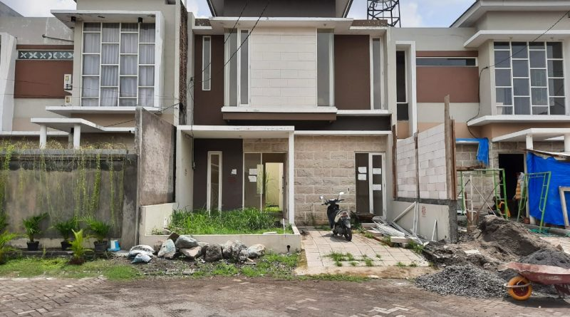 Dijual Cepat Rumah Second Istana Mentari Sidoarjo, WA 0878-5340-0201
